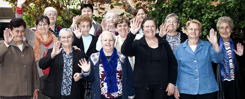 Bosnian Womens Group Slider